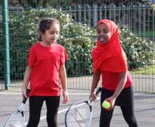 girls tennis pe image 4