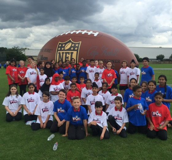 Berkeley pupils enjoy an American Football day with players from the National Football League