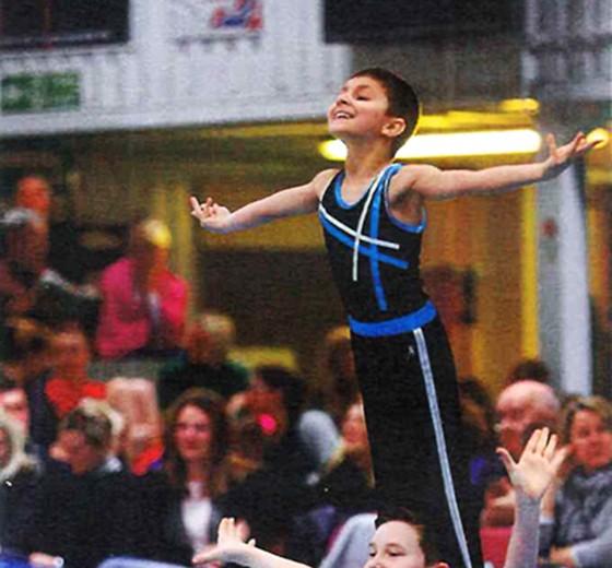 A Talented Gymnast / Emaan Yonesi