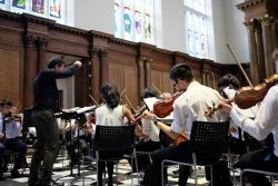 students-perform-at-trinity-college-chapel