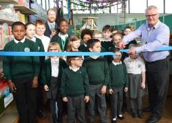 Author Jack Trelawny opens new library