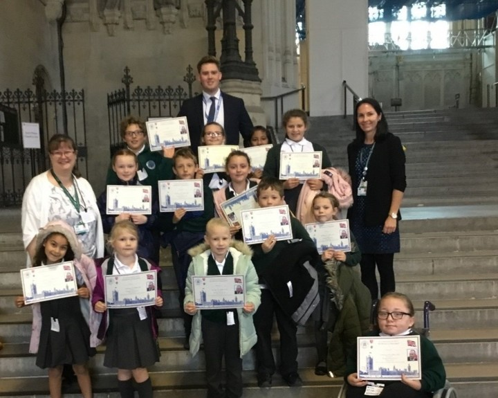 Young leaders visit Parliament