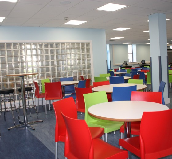 dining hall image 4