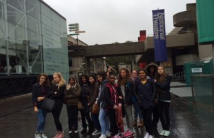 Yr10 GCSE Drama Visit to London