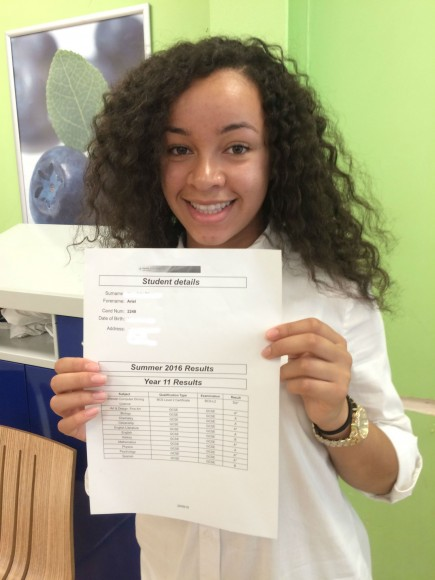 Results day 2016 (52) - Ariel Dinsdale-Blue