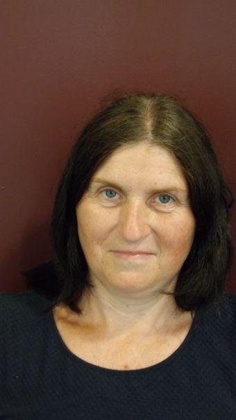 Ms Van Hezik