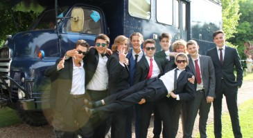Year 11 Enjoy A Prom Night To Remember