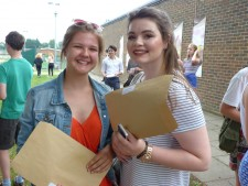 GCSE Results Day 2016 (4)