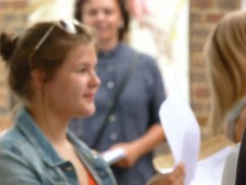 GCSE Results Day 2016 (18)