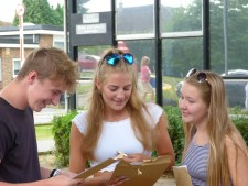GCSE Results Day 2016 (28)