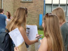 GCSE Results Day 2016 (32)