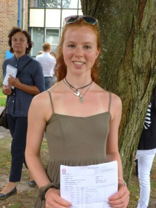 GCSE Results Day 2016 (42)