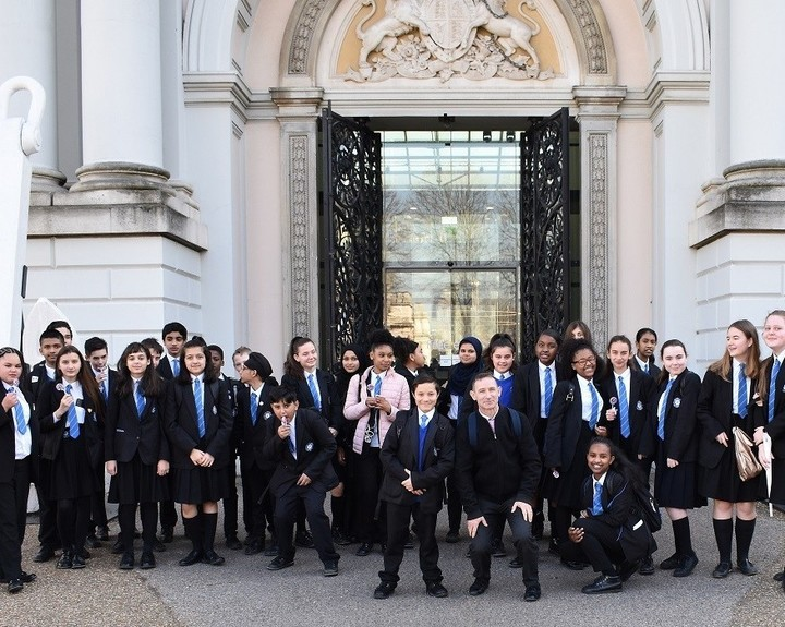 London museum assists history students