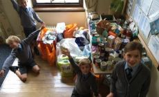 withams-harvest-donations-to-bourne-foodbank